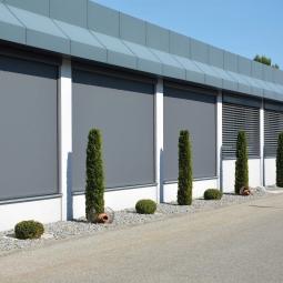 Erhardt Markise Fassade